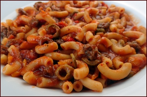 Dried olives in tomato sauce, Macaroni with Beef and Vegetables.