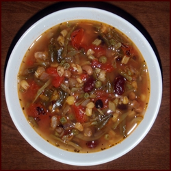 Vegetable Bean Soup with Garlic & Tomato