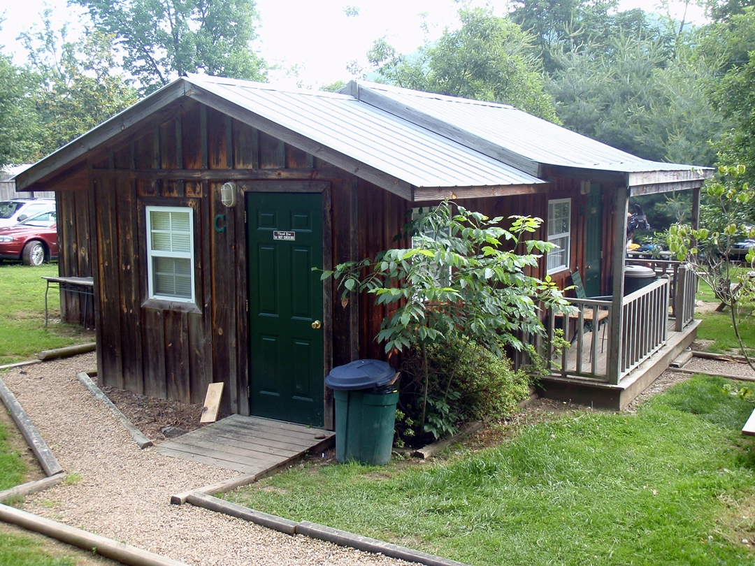 Appalachian Trail, Cabin at Uncle Johnny's Hostel in Erwin, TN